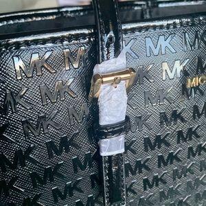 Michael Kors Bags - Michael Kors Jet Set Travel Carryall Tote